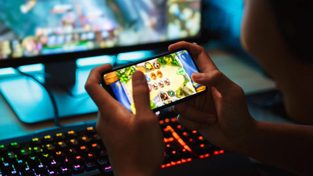Игры и программы для мобильных устройств