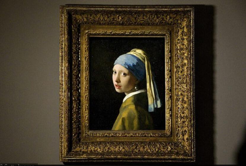 Иоганн Вермеер-Девушка с жемчужной серьгой